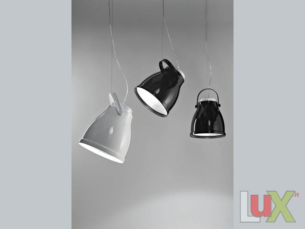 Plafoniere Da Esterno Guzzini : Guzzini lampade da esterno scopriamo insieme le solari