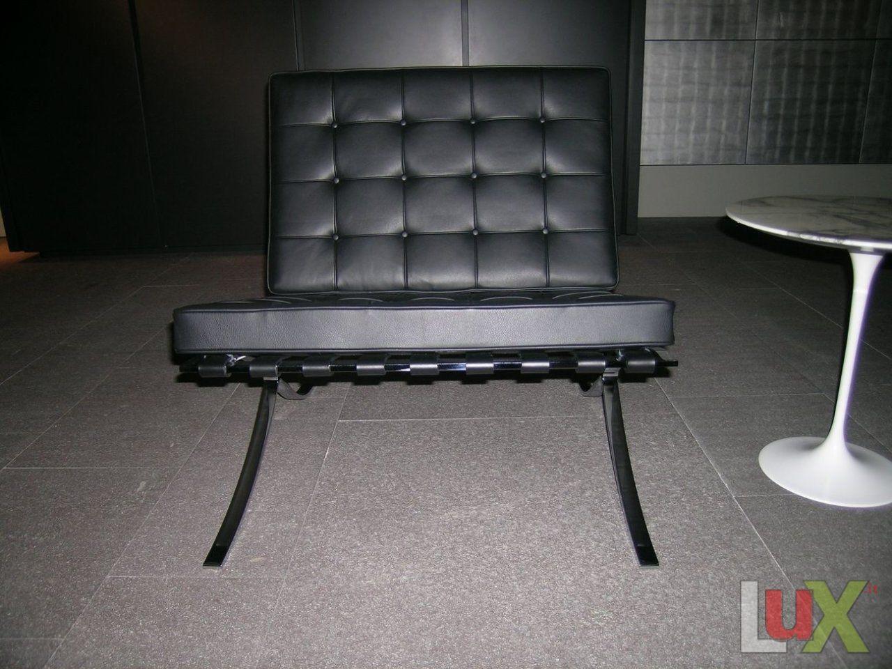 Poltrona modello barcelona nero for Poltrona barcelona knoll