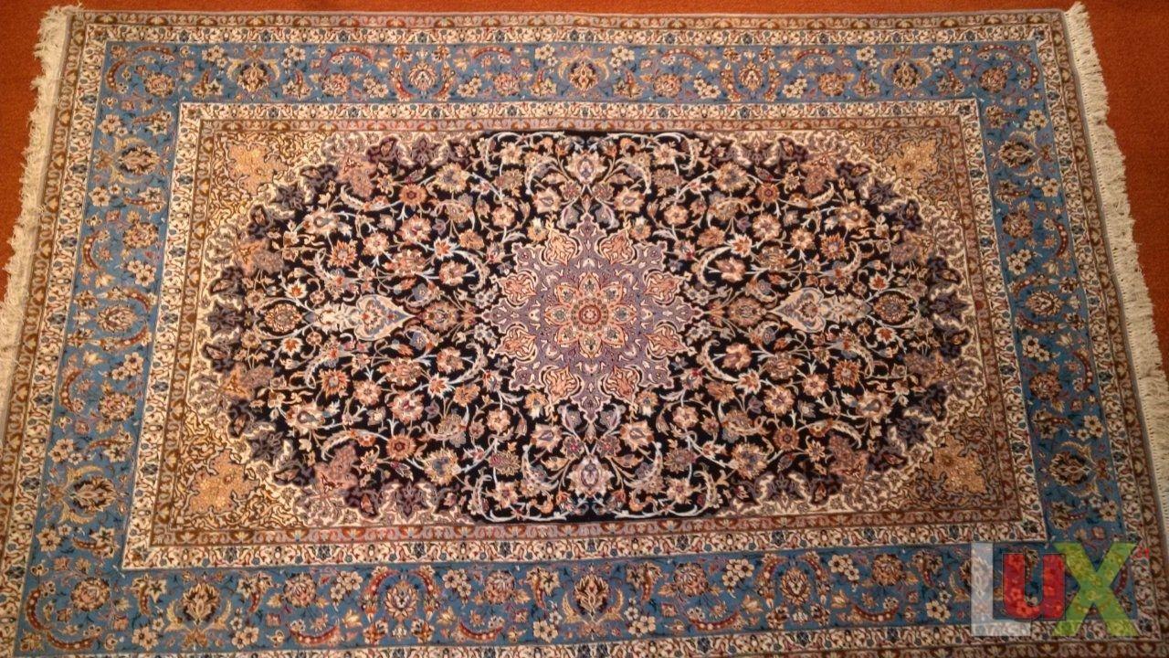 TAPPETO PERSIANO Modello Isfahan.. | BLU