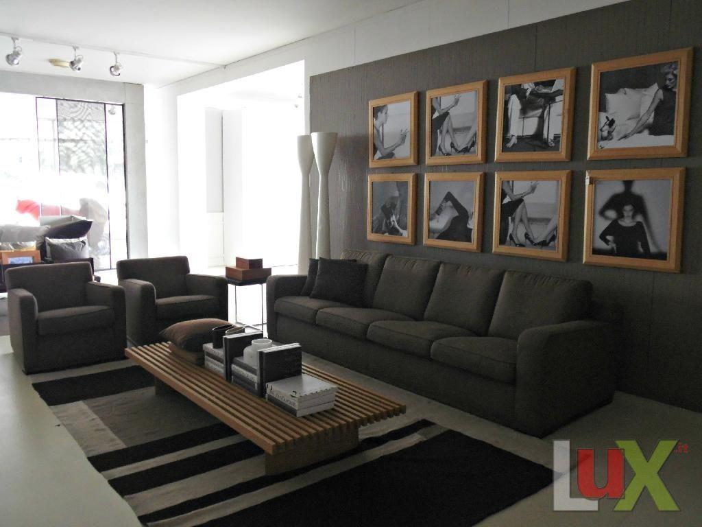 B b disegno di antonio citterio divano con marrone for Divano disegno