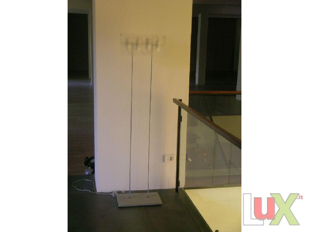 fontana arte lampada da terra modello duplex con bas. Black Bedroom Furniture Sets. Home Design Ideas